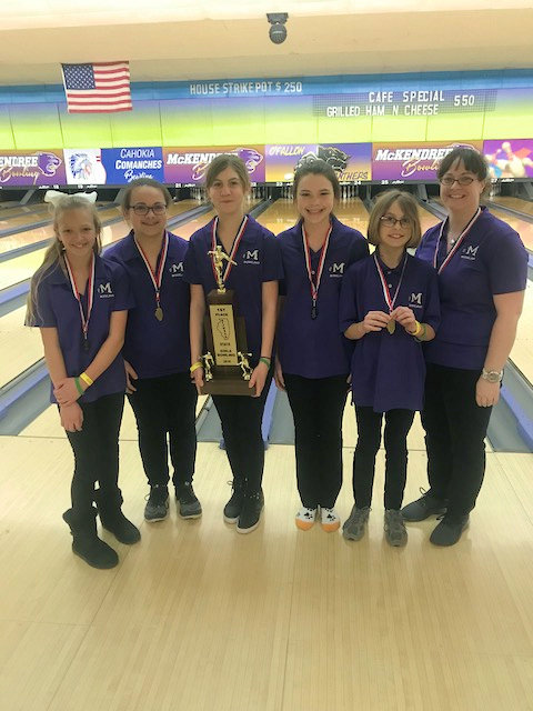 2018 Girls Bowling 1st Mascoutah