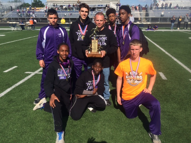 L boys track Mascoutah 4th